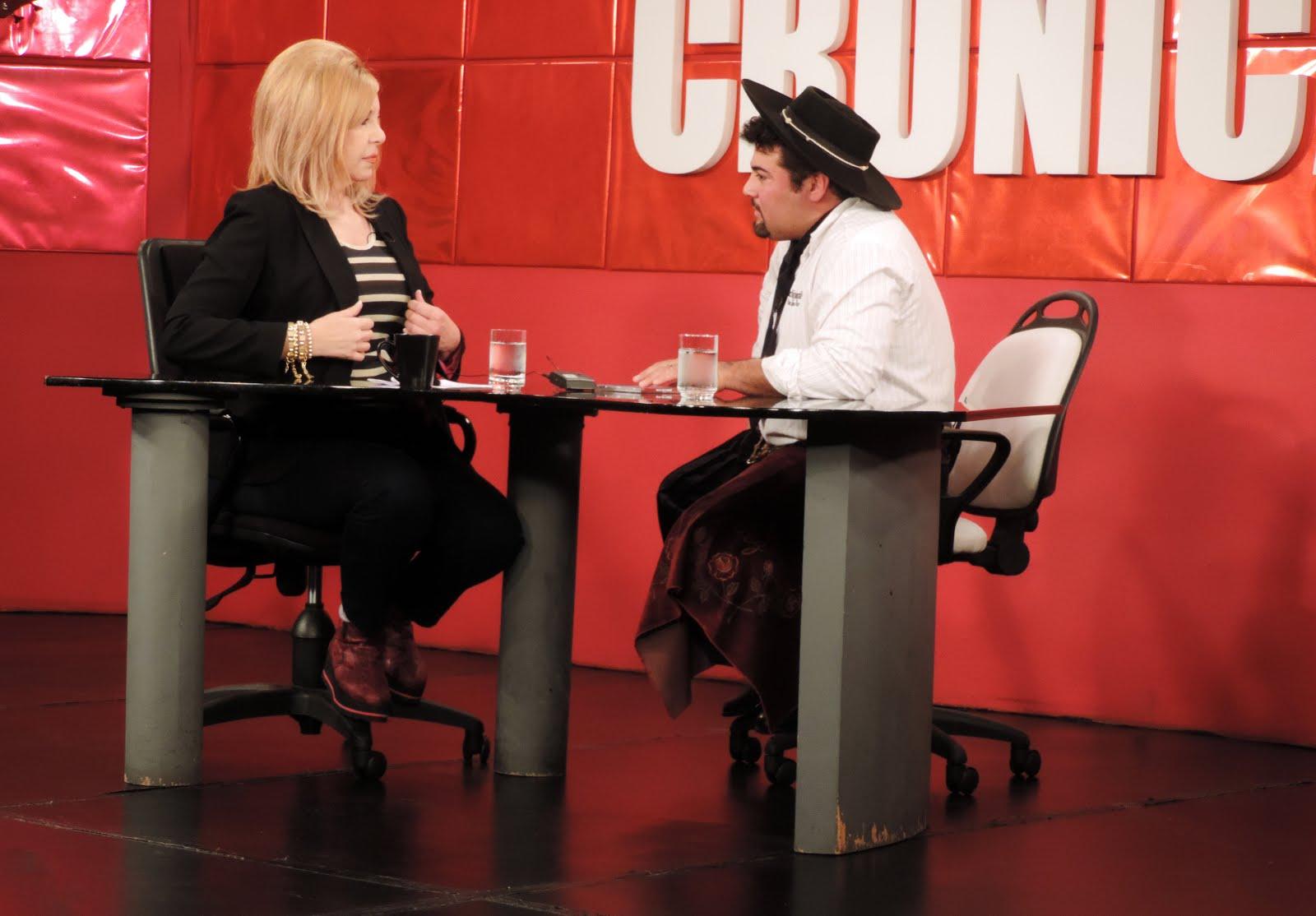 CACHITO CON ANABELA ASCAR EN CRONICA TV