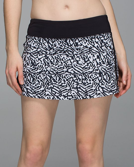 lululemon-brushed-animal pace-rival-short