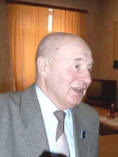Capitán Ruso de alto rango Vladimir Azhazha, retirado