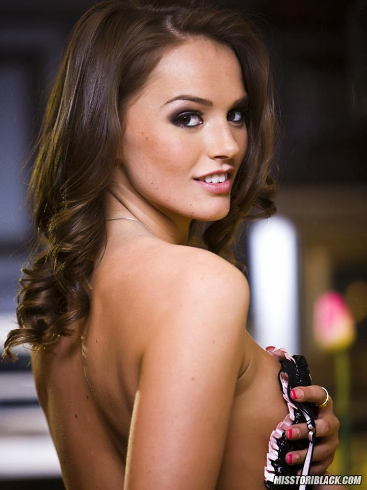 Miss Tori Black Wallpaper HD