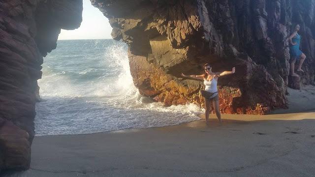 Lua de mel - Jericoacoara. Ceará, bodas de papel, 1 ano de casados, viagem, econômica, praia, sol, romântica, trilha para pedra furada
