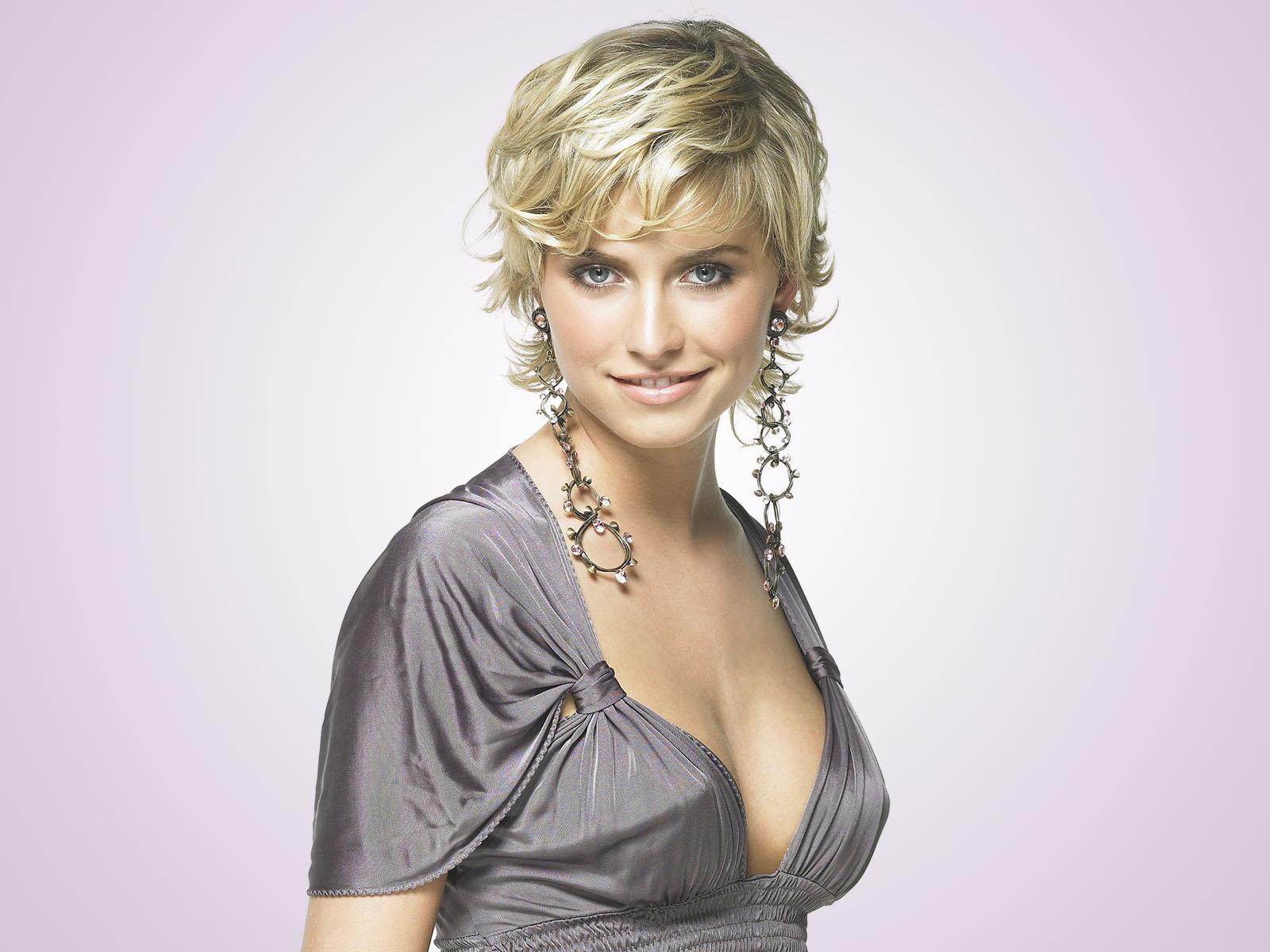 All Model and Movie Stars Photo Gallery: Lena Gercke