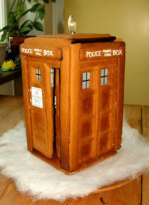 15 Creative and Unusual Gingerbread Creations (15) 2