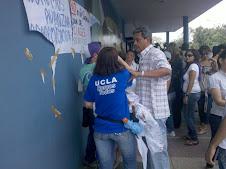 APUCLA ARREMETE CONTRA ESTUDIANTES EN JUSTA PROTESTA POR CLASES