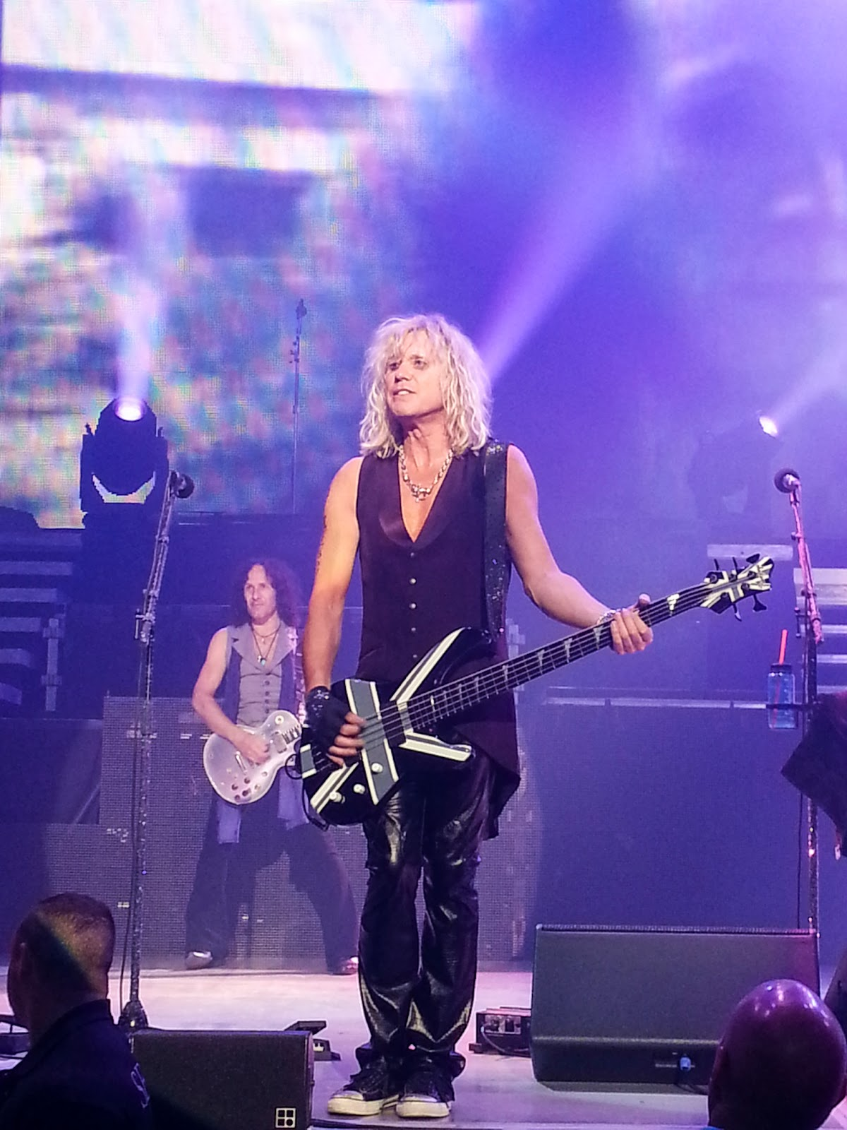 Angie in to viva def leppard rick savage still as hot as ever kristyandbryce Choice Image