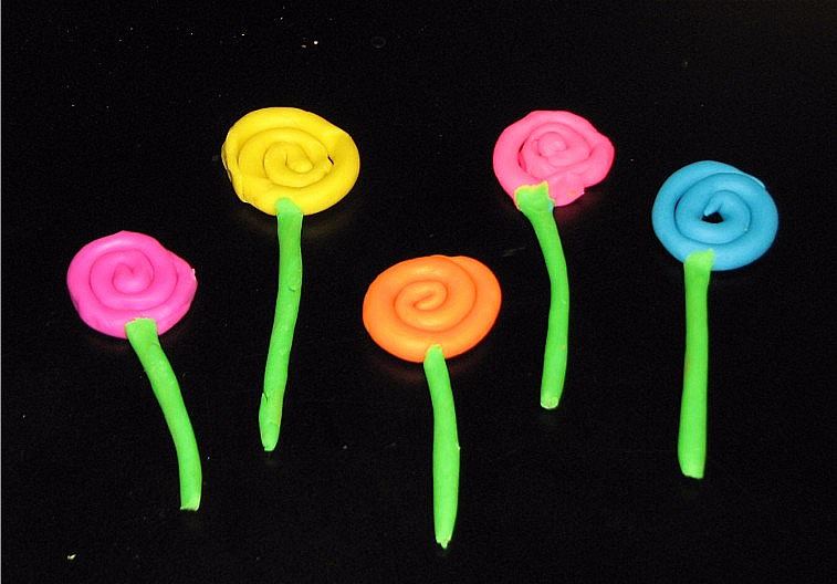 Play dough Flowers
