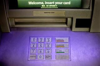 Banche: Hacker rubano 1 miliardo, non ai clienti
