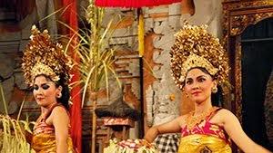 Dancers of Peliatan