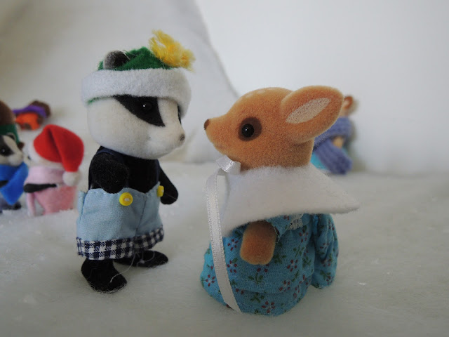 Sylvanian Families Underwood Badger Moss Reindeer snow winter christmas
