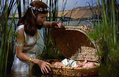 moisés los diez mandamientos the ten commandments moses basket nile nilo cesta baby cecil b demille martha scott 10 bebé