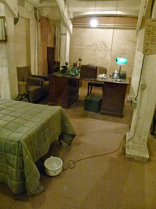 Churchill's bedroom, study, war rooms, Westminster, museum, Second World War