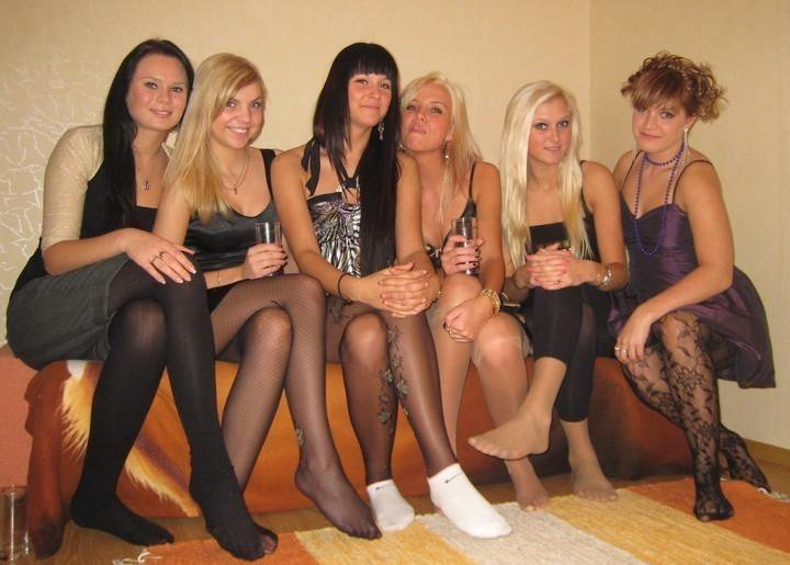 pantyhose parties Nylon