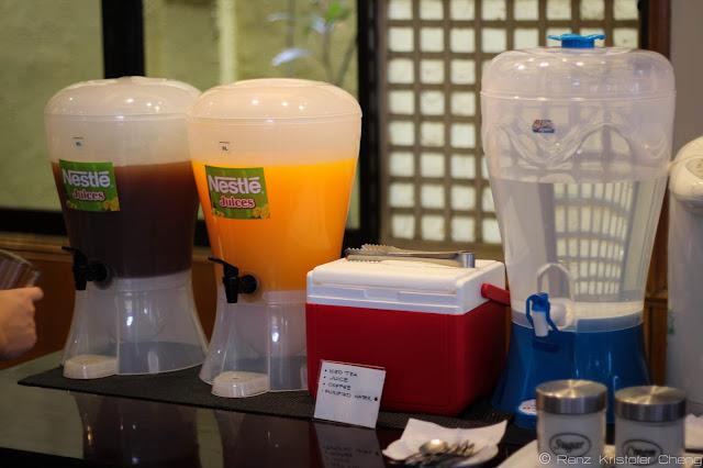 Bottomless Drinks in Waway's Restaurant