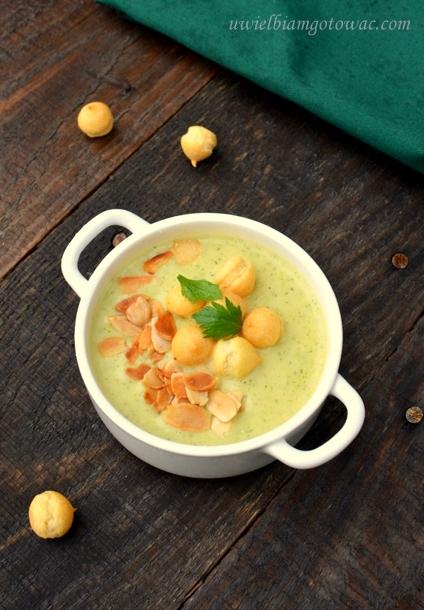 Kremowa zupa brokułowo-serowa