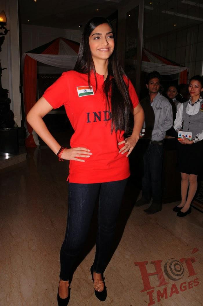 Sonam Kapoor Hot Images