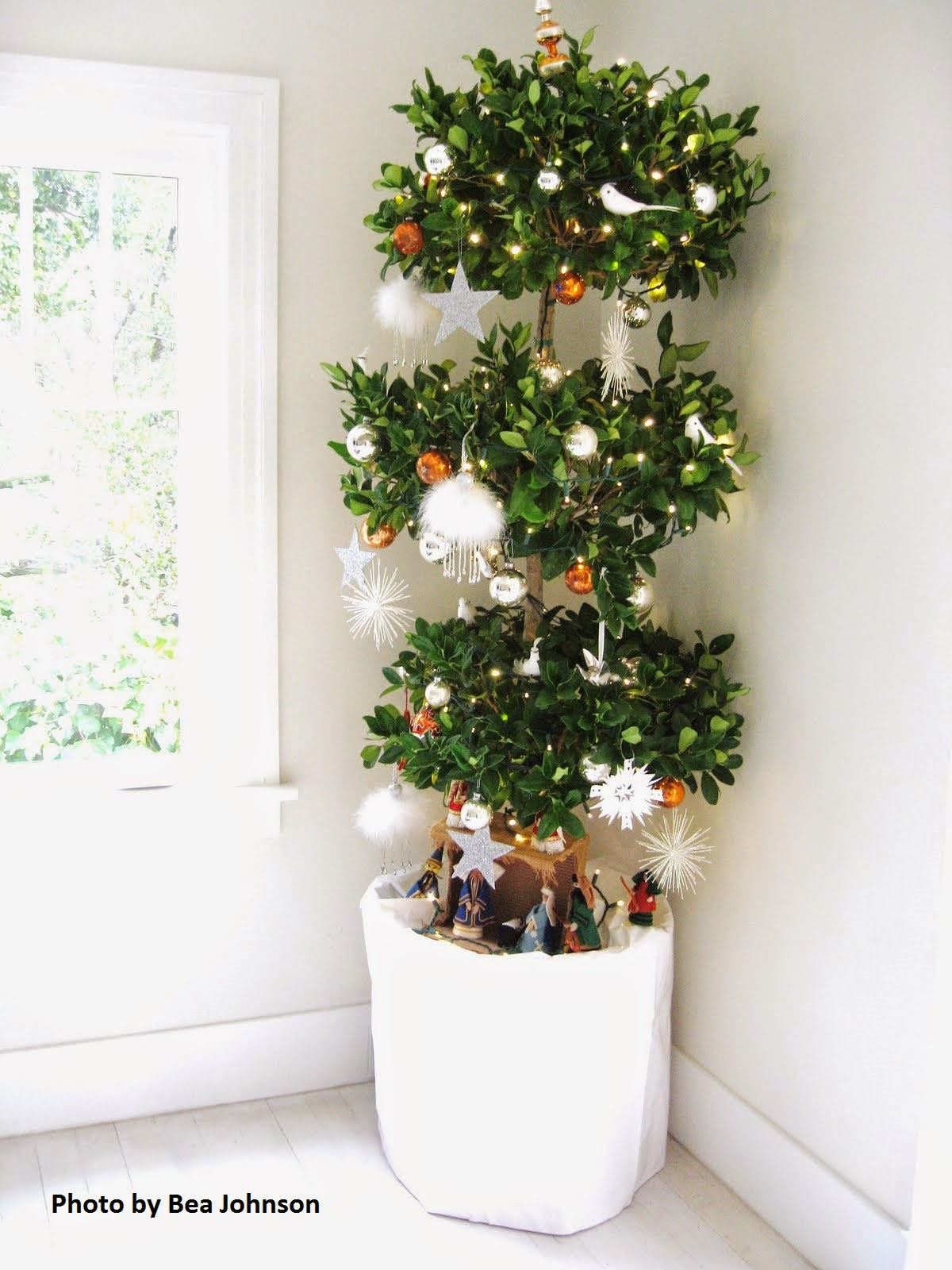 zero waste mommy zero waste your christmas decorations - Topiary Christmas Decorations