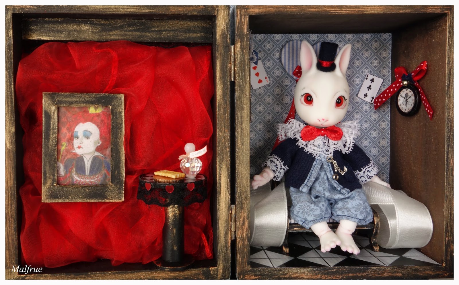 Roombox for doll
