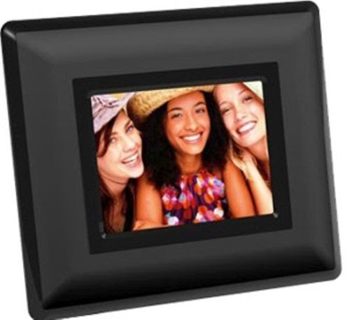 giinii gn 311 black 35 digital picture frame the frame specifications are 722 x 920 x 294 a 43 screen with 320 x 240 resolution with a 5 in 1 slot