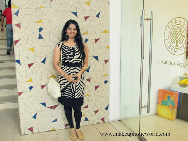 What I wore Yesterday for Bloggers Meet, My Last OOTD of 2012 @ GVK Mall and my Last EOTD of 2012!