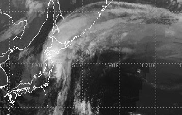 ROKE ist kein Taifun mehr, wieder über offenem Wasser und fast außertropisch, Roke, Tote Todesopfer, Sturmschäden, Taifun Typhoon, Japan, aktuell, September, 2011, Satellitenbild Satellitenbilder,