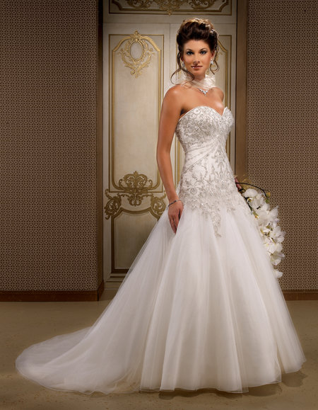 Various kinds of wedding dresses with new models: Cheap wedding dresses