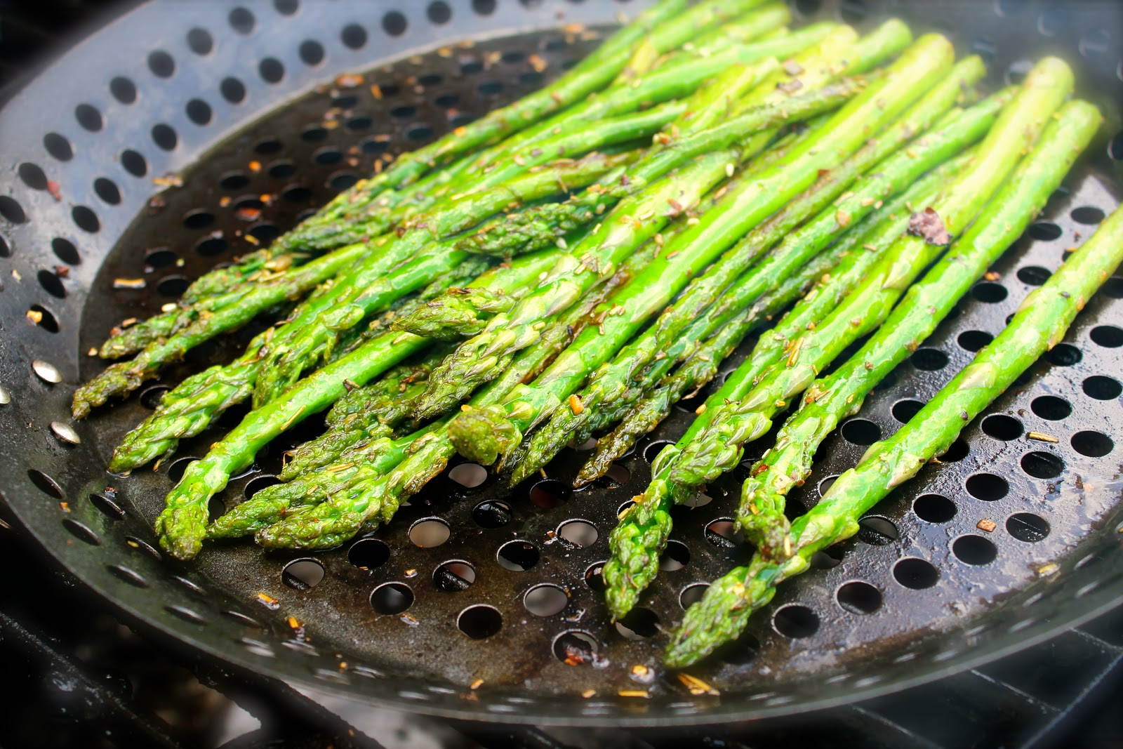 Savoir Faire: Grilled Asparagus with Truffle Oil you cannot resist
