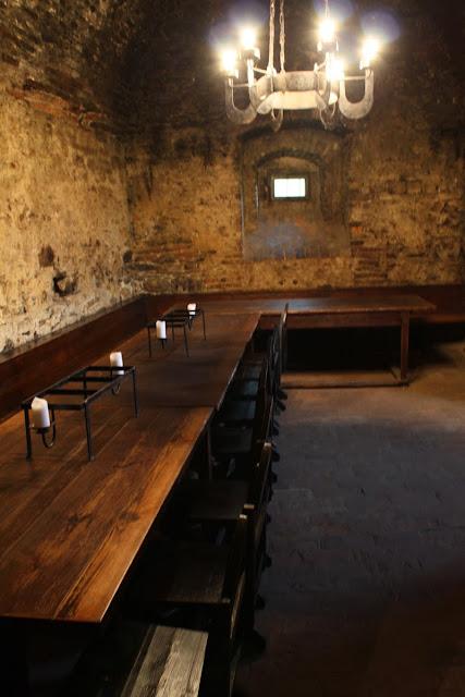 Unser Tisch im Rittersaal © Copyright Monika Fuchs, TravelWorldOnline