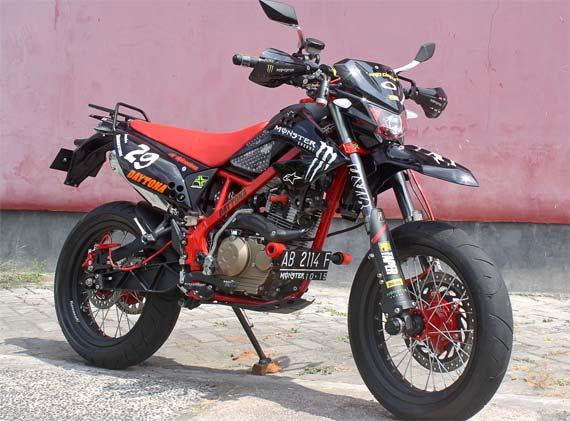 Kawasaki d tracker 150 supermoto modifikasi kawasaki d tracker 150