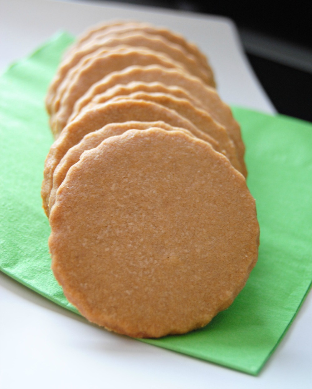 These are simple, buttery crisp shortbreads. They practically melt in ...