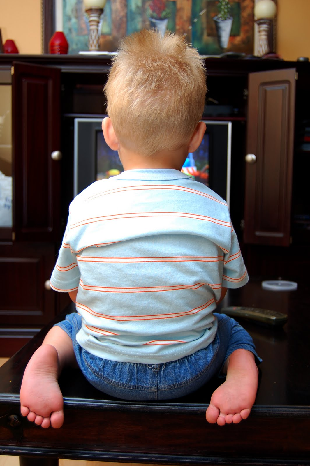 television addicted children Toddlers are becoming couch potatoes almost as soon as they leave the pram, psychologists have warned research shows that, on average, children under five are watching two hours of.
