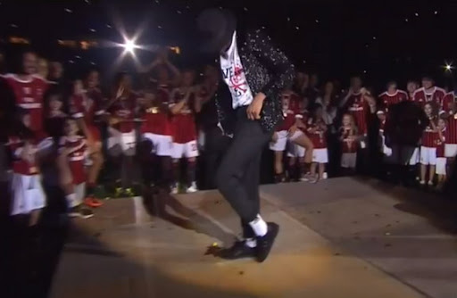 Kevin-Prince Boateng shows off his dance skills by doing a Moonwalk