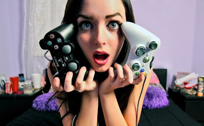 gaming girl