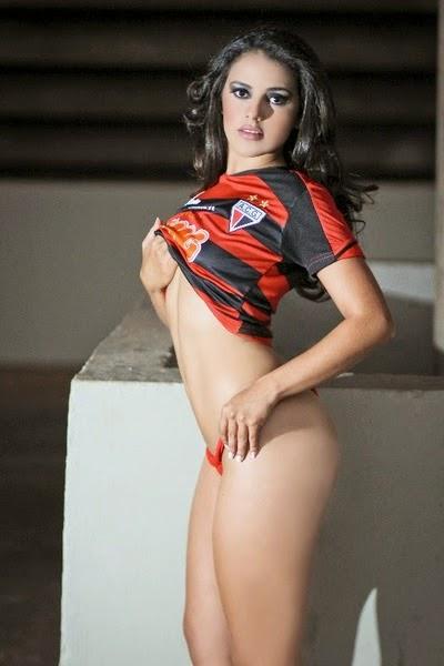 Bruna Fernandes - Candidata à Musa do Brasileirão 2011 pelo Atlético Goianiense