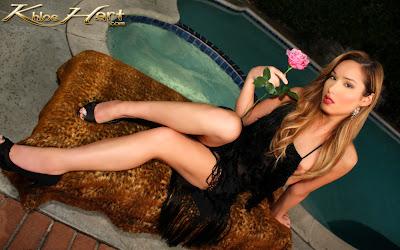 TS Goddess Khloe Hart