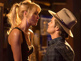timothy olyphant right gets a new love interest in justified season 4