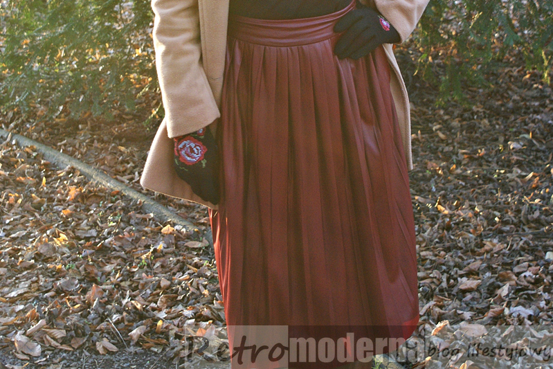 kolor marsala spódnica