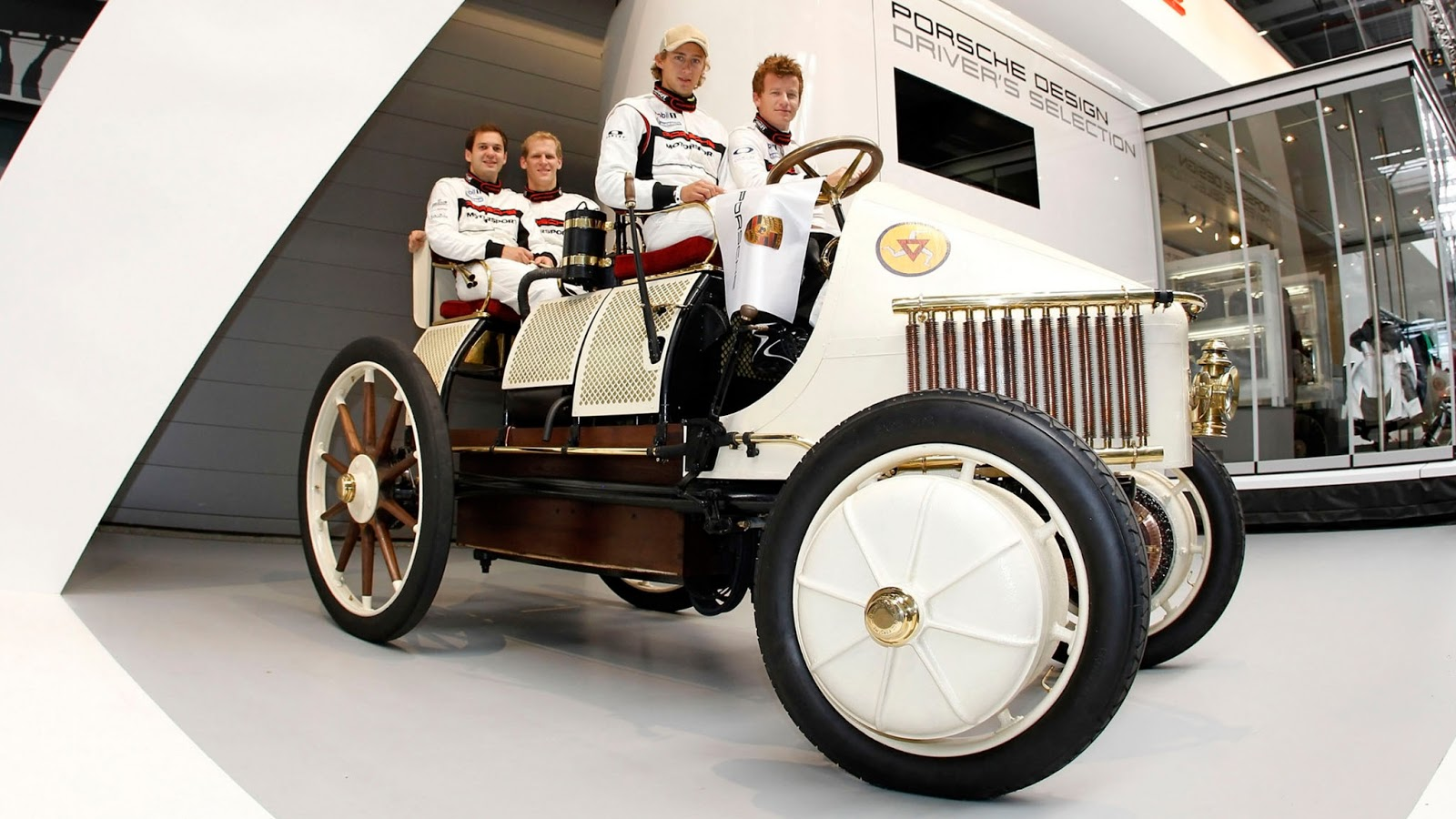 1900 Lohner-Porsche Semper Vivus 56 hp-The World\'s First Hybrid ...