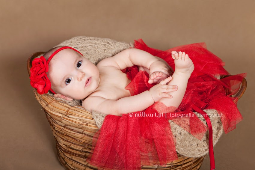 fotografia niemowląt, sesja zdjęciowa niemowlaków, profesjonalne sesje zdjęciowe dzieci w poznaniu, fotograf dziecięcy, joanna jaśkiewicz