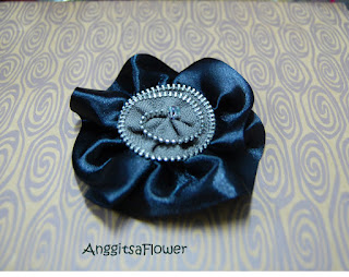 Bunga Satin (Ribbon Flower Brooch)
