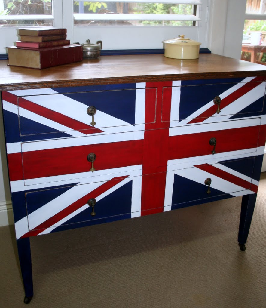 union jack furniture. I\u0027ve Been Keeping An Eye Out For A Dresser With The Correct Proportions Three Months Now. I Don\u0027t Have Before Photo But You Can Imagine Poor State Union Jack Furniture
