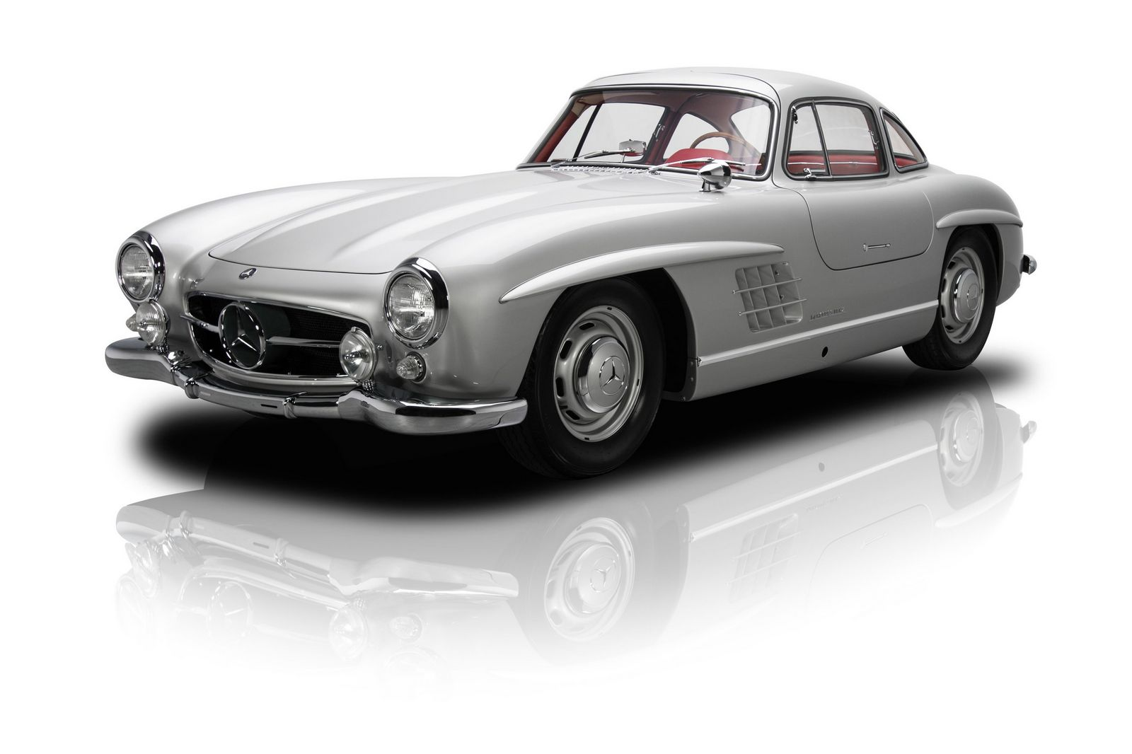 mercedes benz 300sl 39 gullwing 39 sells for impressive 1 9. Black Bedroom Furniture Sets. Home Design Ideas