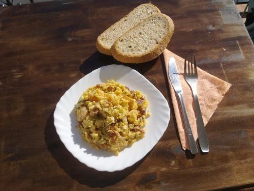 cocina-solar-revuelto-listo