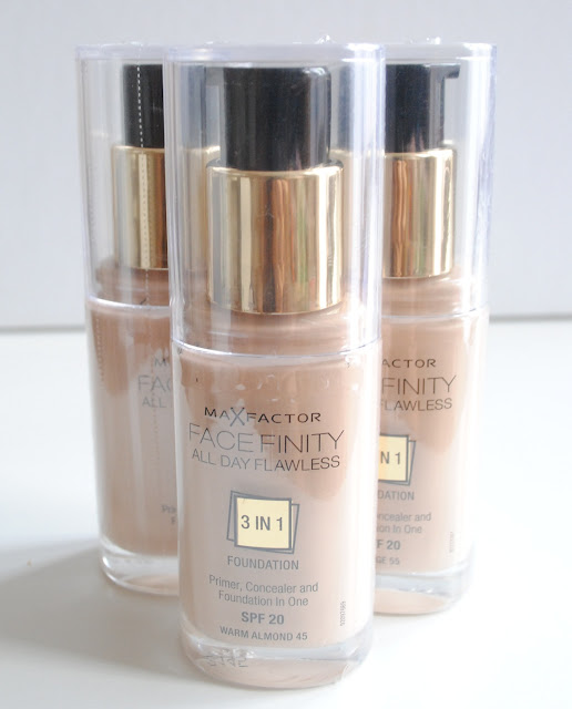 Max Factor Facefinity All Day Flawless 3-in-1 Foundation