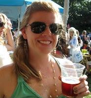 http://4.bp.blogspot.com/-zeubNQPY0MY/UQ7o139izcI/AAAAAAAABa8/6DxyXX_U9mA/s200/Beer+drinking+head+shot+(smaller).jpg