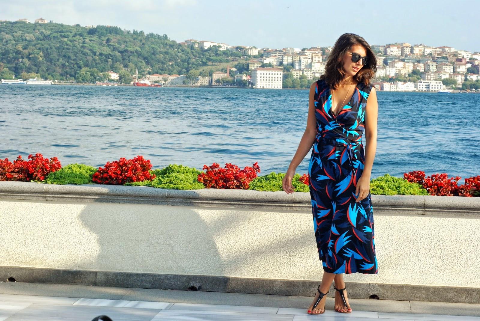 diane von furstenberg, dvf wrap dress, istanbul blogger,fashion blogger,street style,trendydolap