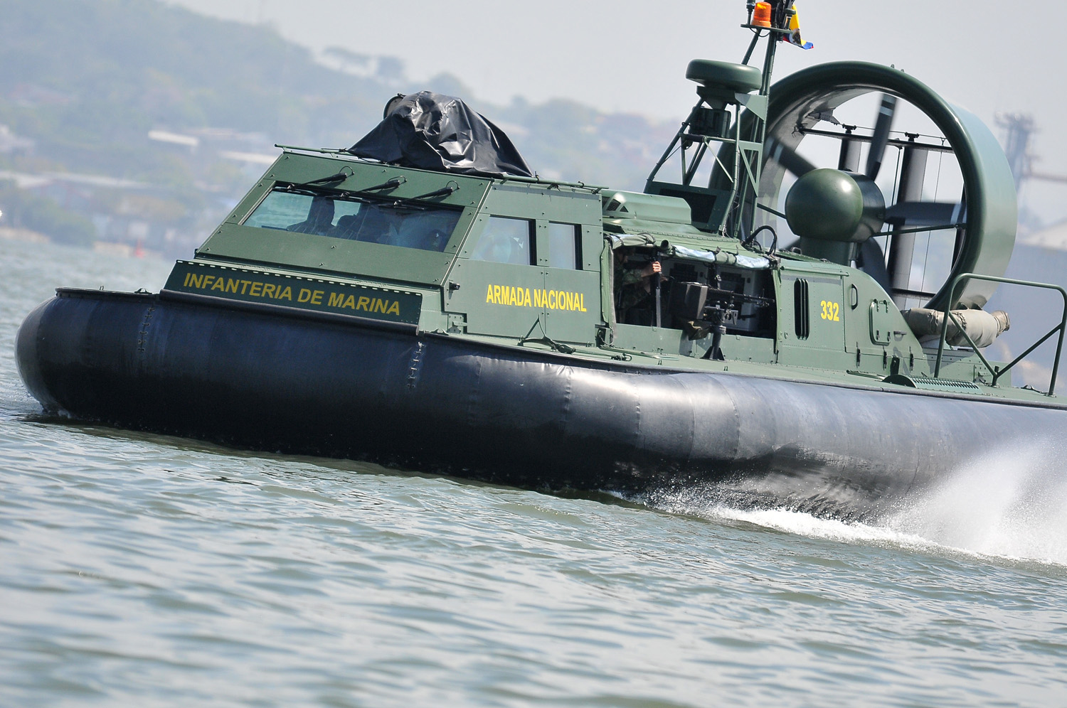 hovercraft griffon 2000td Armada Colombia