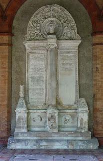 Grab von Leo von Klenze auf dem Alten Münchner Südfriedhof