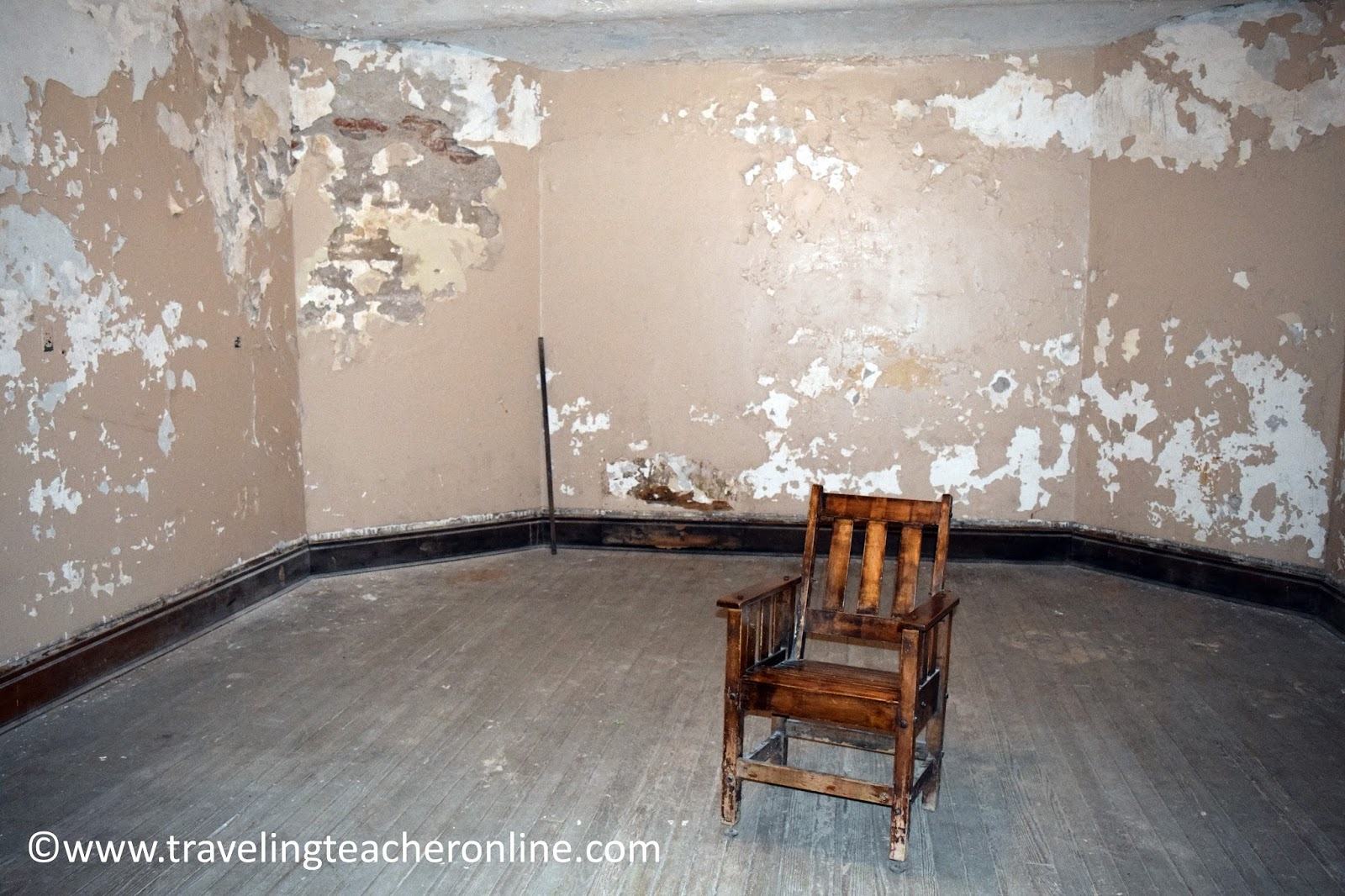 Windowless Room Prison Free
