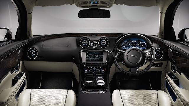 Jaguar XJ 2014 dash