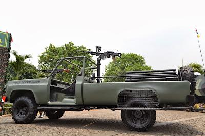 gambar Mobil Tempur Yonif 300 Raider